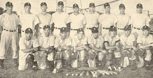 1949 Independence Yankees (Mickey kneeling on first row)